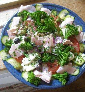 zucchini-mozzarella-salat