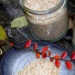 Gemahlenes Gewürzsalz aus Sellerie, Selleriekraut, Kräuter und Gelbe Rüben