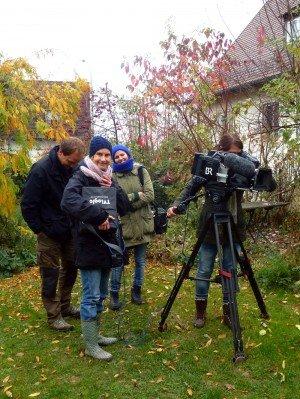 BR-Fernsehteam im Freisinger Garten