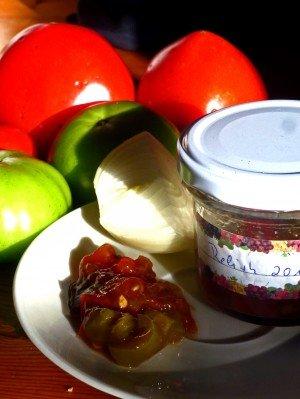 Tomaten/Paprika Relish rot/grün