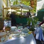 P1200842 Gartentage 2017 geschirr pflanzen 150x150 - Die 22. internationalen Freisinger Gartentage heißen Slowenien willkommen - gartenliteratur, blumen-im-garten