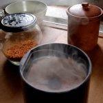 Chilisalz in der Kaffeemühle