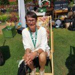 Gartenblogger Karthrin im Sonnenstuhl